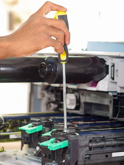 Copier Repair (480-640)
